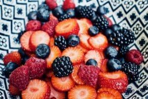 Frutos Rojos en la dieta de tu perro sano y enfermo (vídeo)